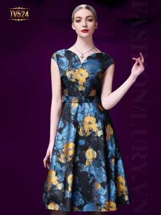 Những mẫu váy đầm dạ hội sang trọng quyến rũ ở độ tuổi trung niên