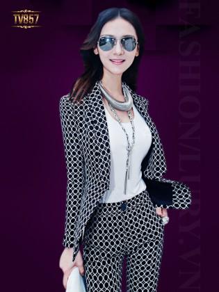 Set thiết kế áo vest + quần lửng họa tiết hình học cao cấp TV857