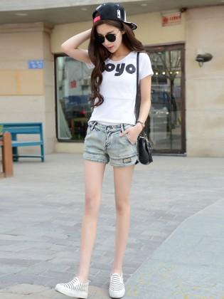 Quần short jean xẻ gấu thời trang TQ1173 (Xanh nhạt)