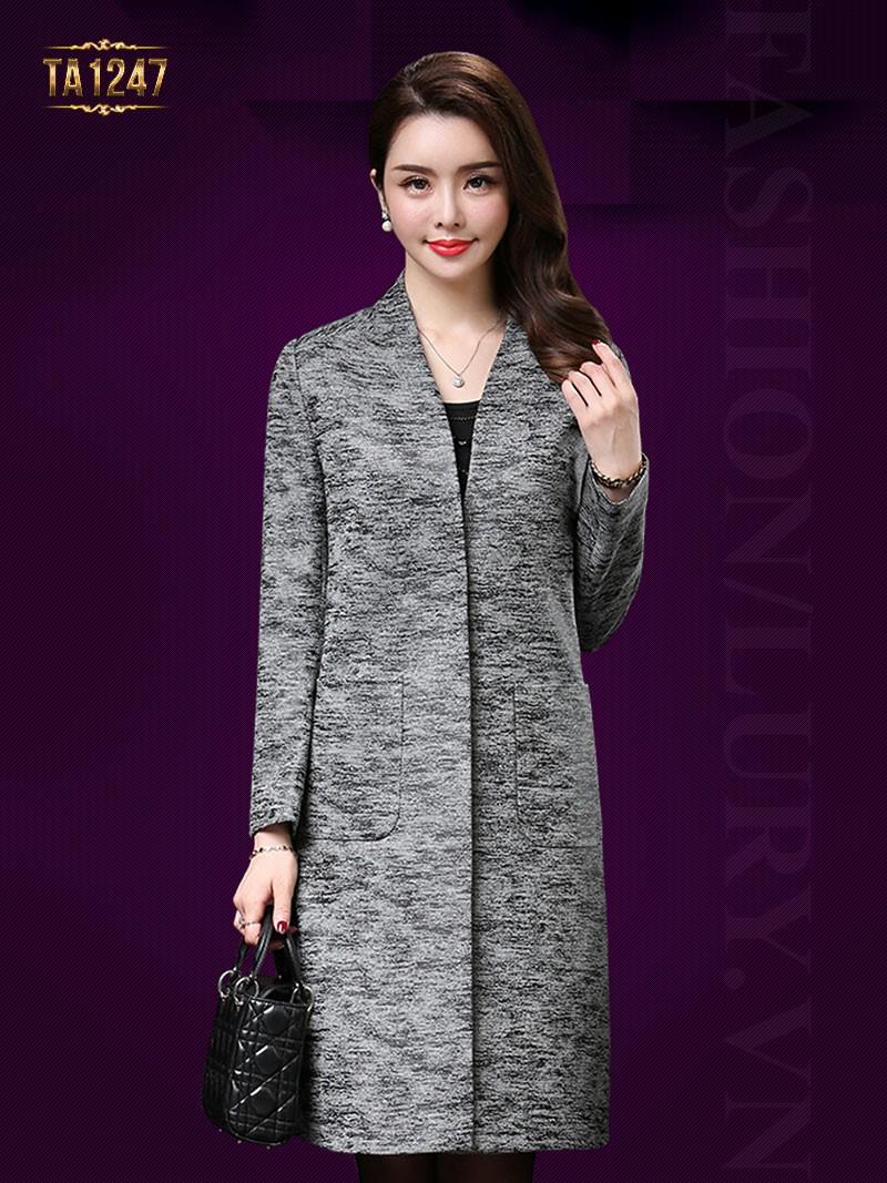 Kiểu áo dạ nữ dáng dài không cổ thiết kế hai túi thời trang rất sang trọng TA1247