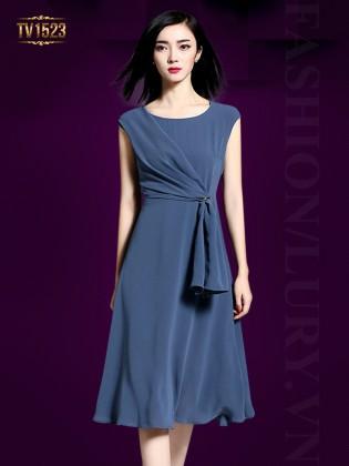 Đầm xòe xếp li vạt lệch màu xanh thời trang TV1523
