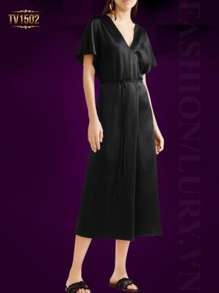 Đầm lụa đen cao cấp cổ V chéo sang trọng TV1502