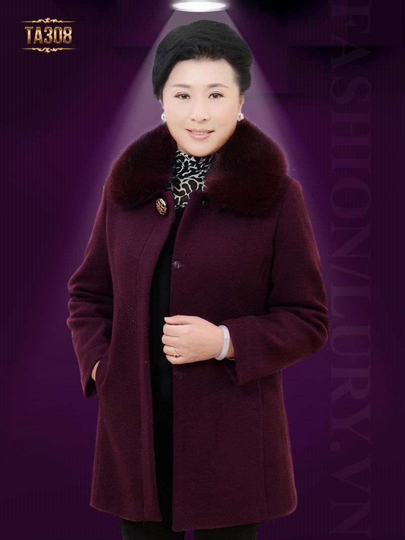 Sự kết hợp cổ lông và chất liệu dạ mang đến cho bạn mùa đông thật ấm áp TA308