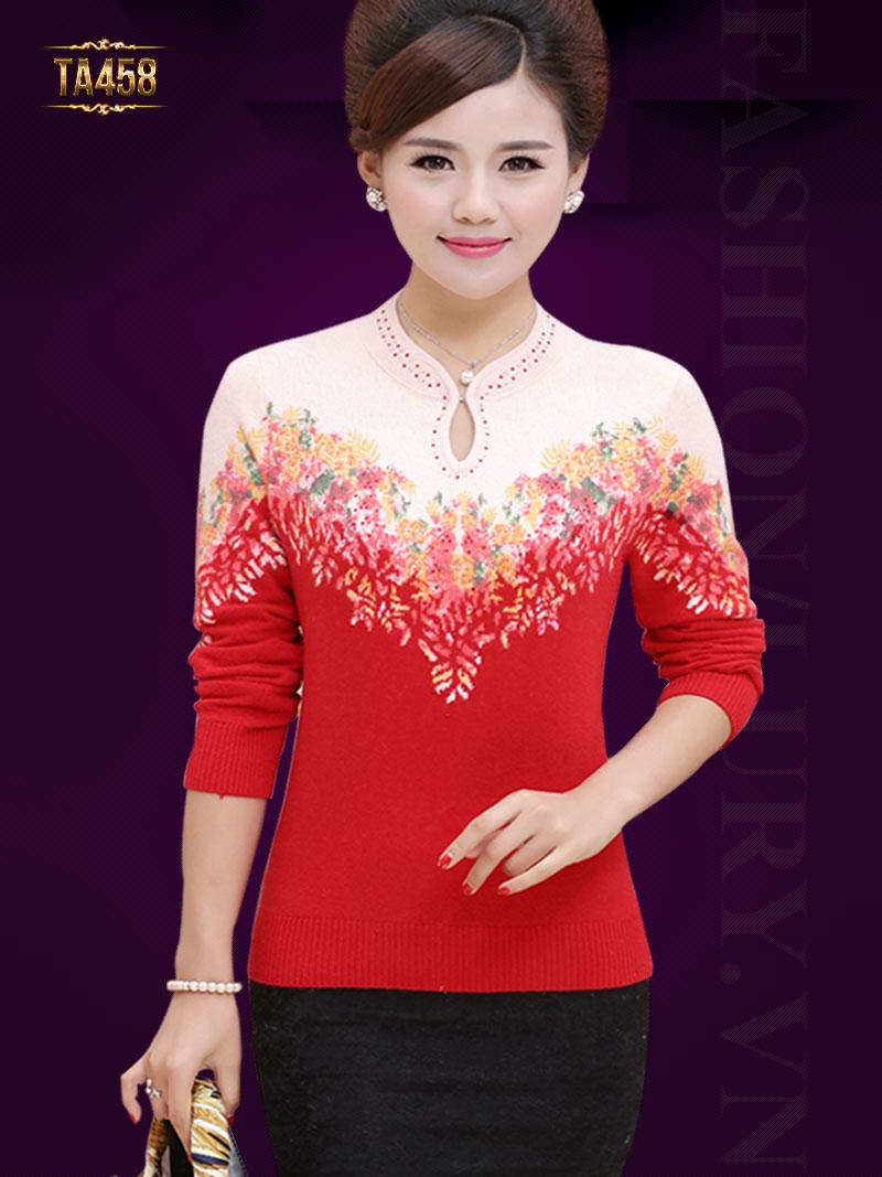 Áo len 2 màu Hàn Quốc cổ khoét giọt lệ đính cườm cao cấp TA458