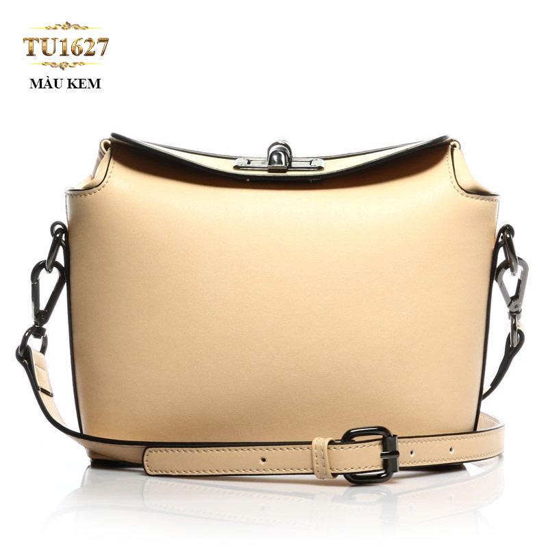 Túi xách đeo thời trang nắp khóa trên TU1627 (Màu kem)
