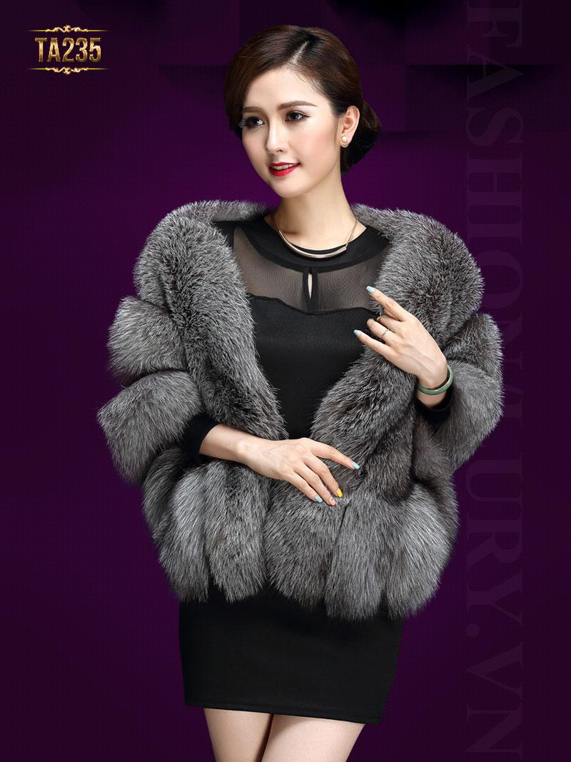 Những mẫu áo khoác lửng lông thú đẹp