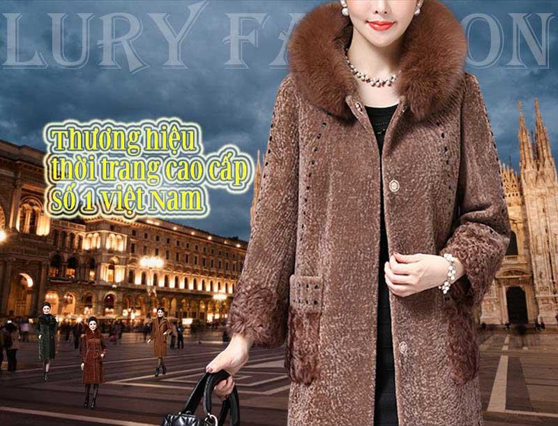 Lury Fashion là một trong những showroom thời trang cao cấp với những phiên bản áo khoác dạ nữ độc quyền dành cho giới thượng lưu