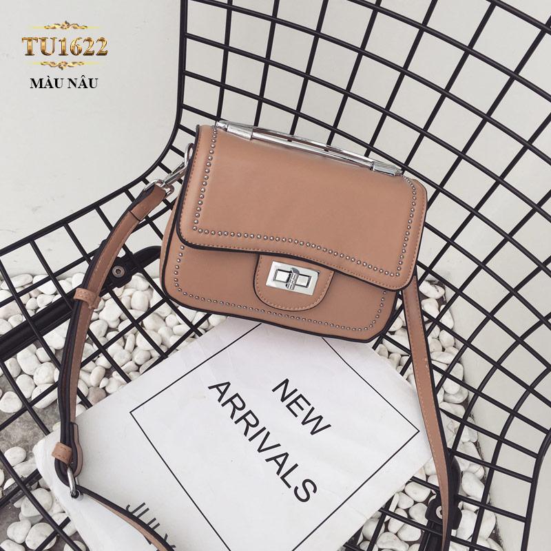 Túi xách đeo viền đính kim loại thời trang TU1622 (Màu nâu)