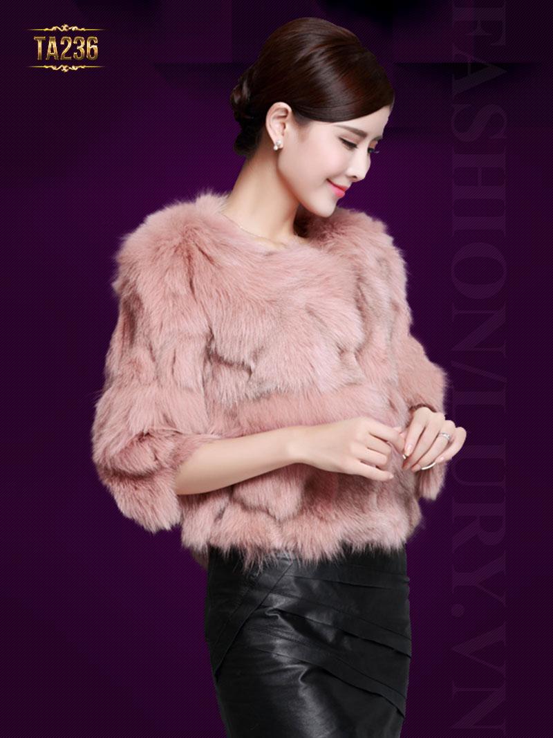 Mẫu áo lông chồn dáng ngắn trẻ trung giúp bạn trở nên sang trọng và quyến rũ hơn TA236;