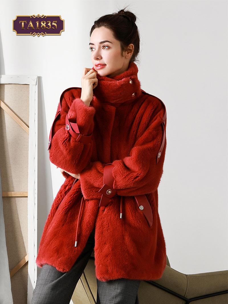 Áo khoác lông nhung cổ trụ cao đai vai cá tính TA1835