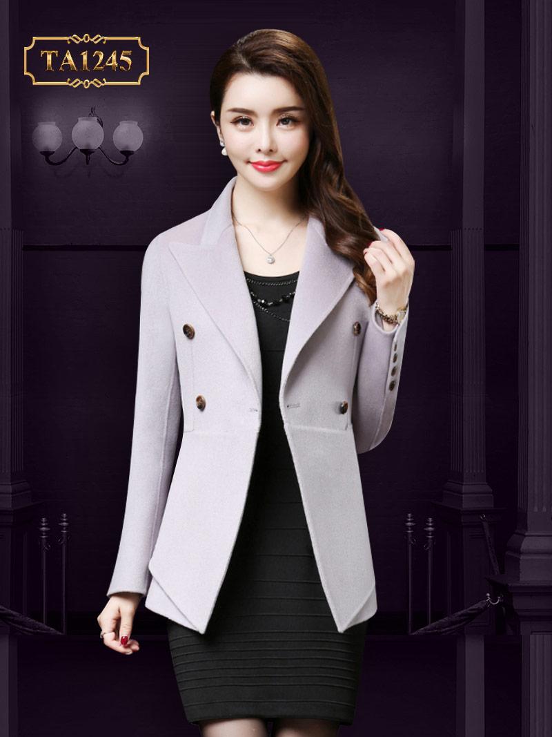 Kiểu áo dáng ngắn mang đến vẻ đẹp trẻ trung cho người mặc TA1245