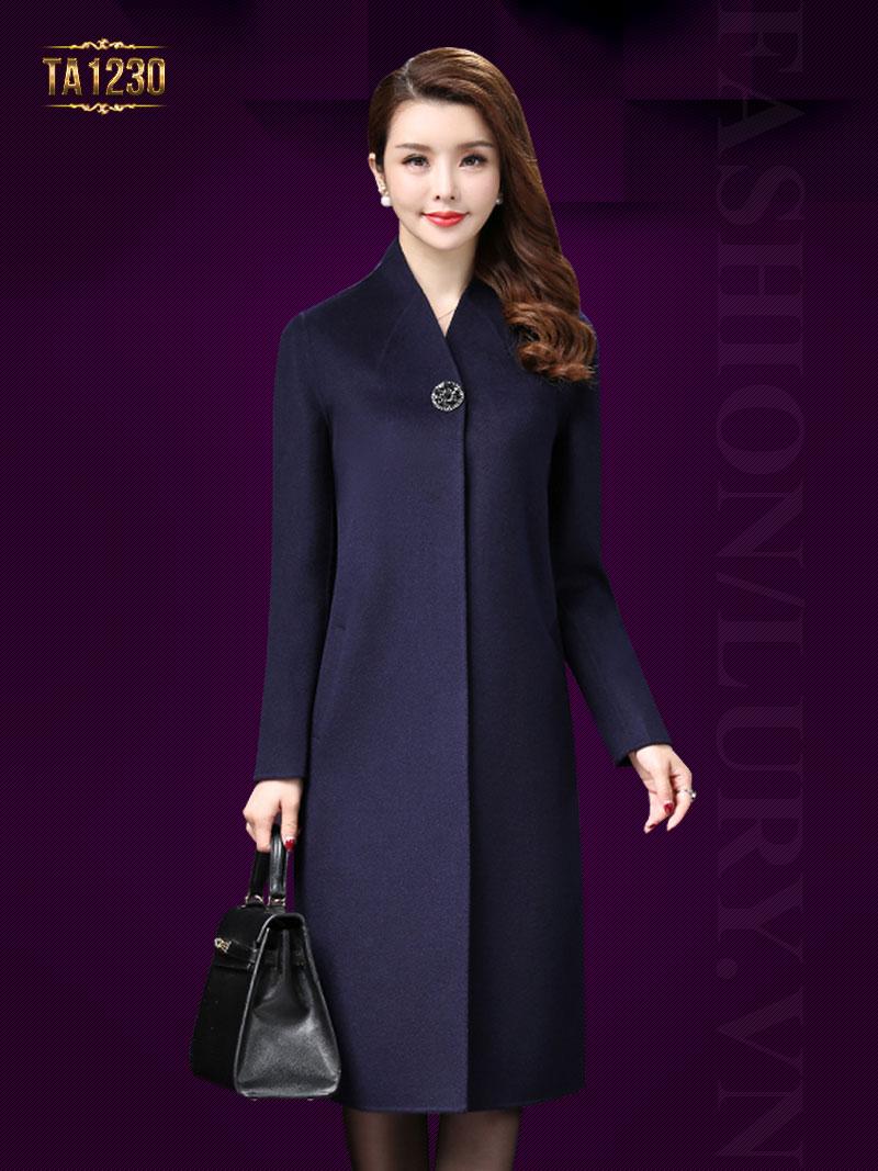 Áo khoác dạ dài cổ v Kiểu dáng khuy cài độc đáo cùng dáng suông phóng khoáng, hiện đại