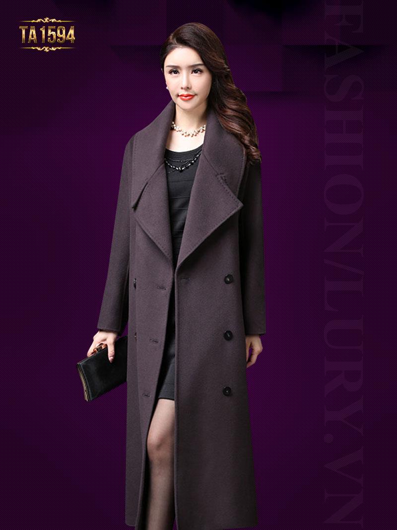 Chiếc áo dáng dài rất phù hợp với phong cách phụ nữ trung niên TA1594