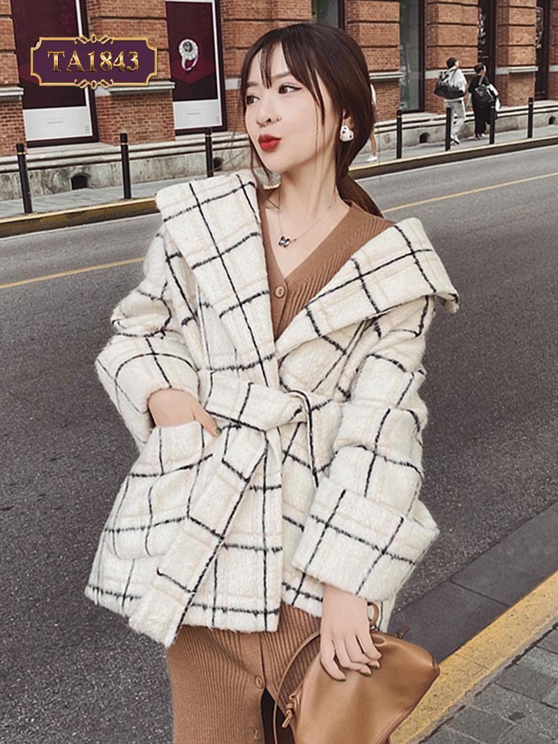 Áo khoác dạ kiểu dáng ovesize kẻ vuông phong cách TA1843