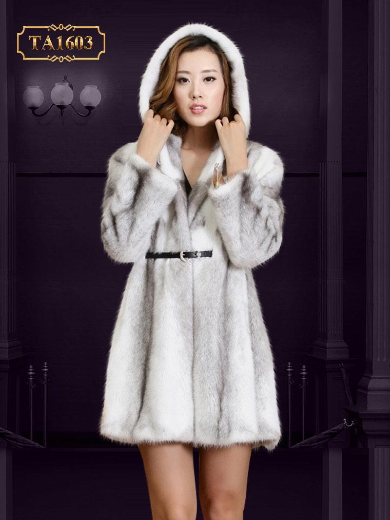 Điểm danh 10 kiểu áo lông thú xứng tầm nhất cho phái đẹp