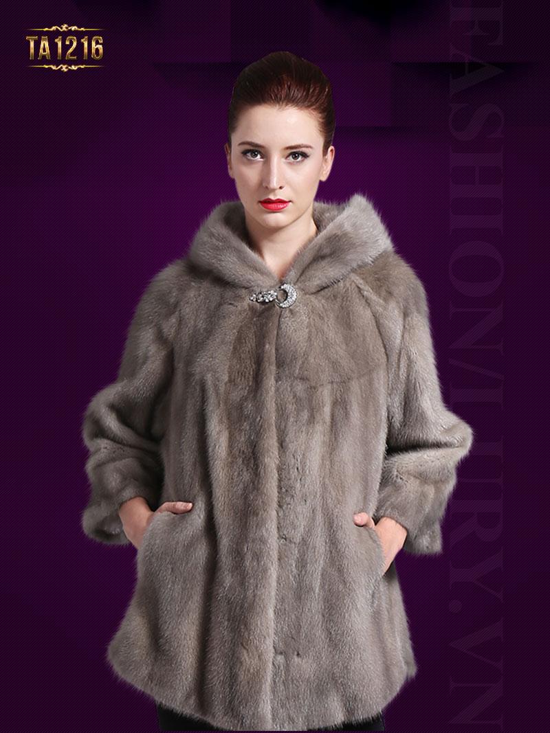 Chiếc áo khoác lông mỏng nhưng mang lại cảm giác cực kỳ ấm áp TA1216
