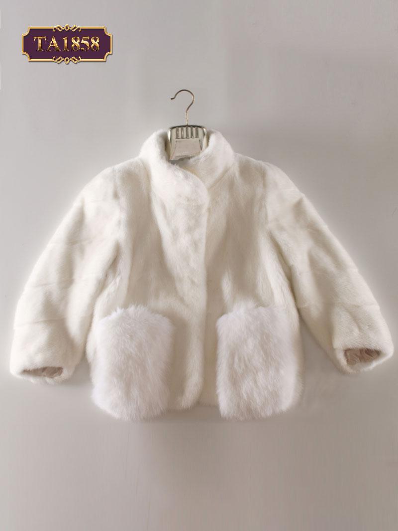 Áo khoác lông dáng tay lỡ kiểu cách thời thượng TA1858