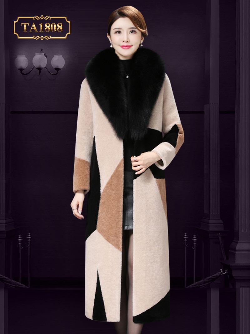Áo khoác lông họa tiết thời trang phối màu sang trọng TA1808