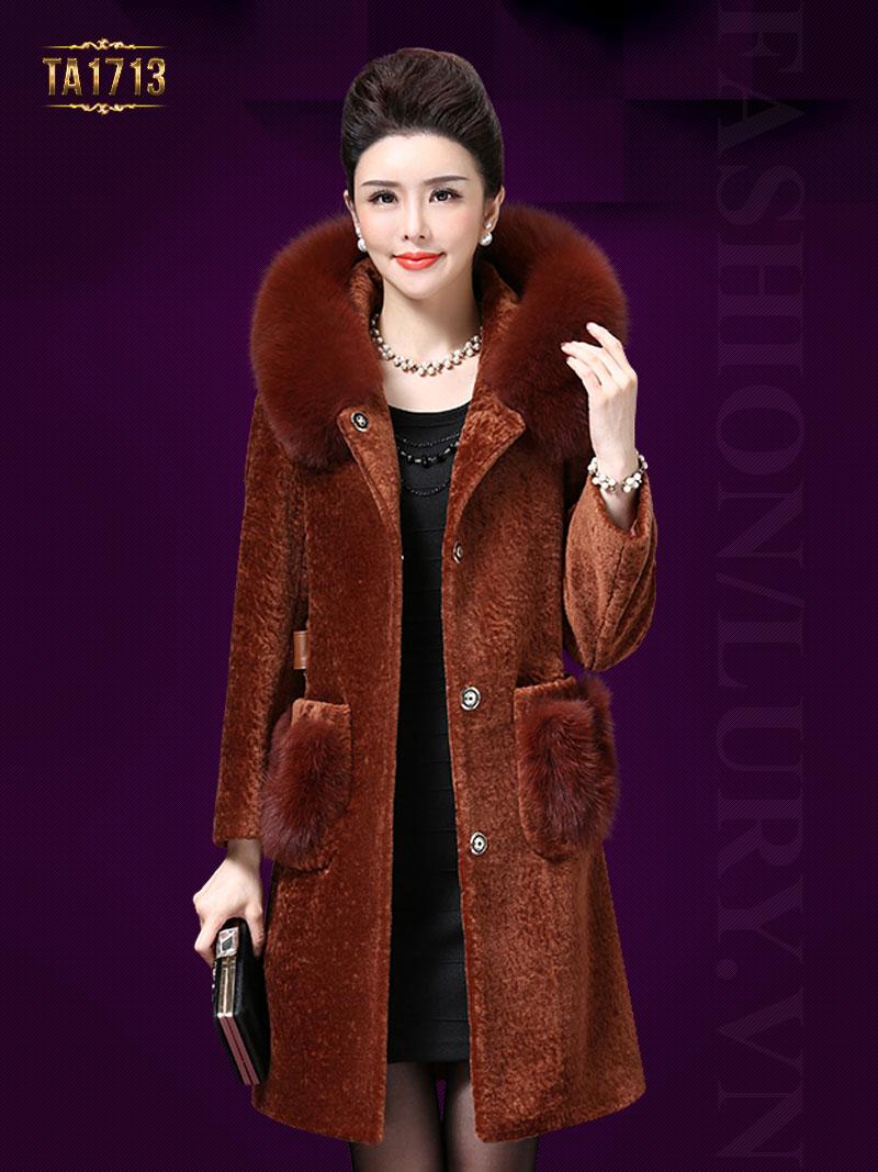 Có nên mua áo lông thú trong mùa đông không?