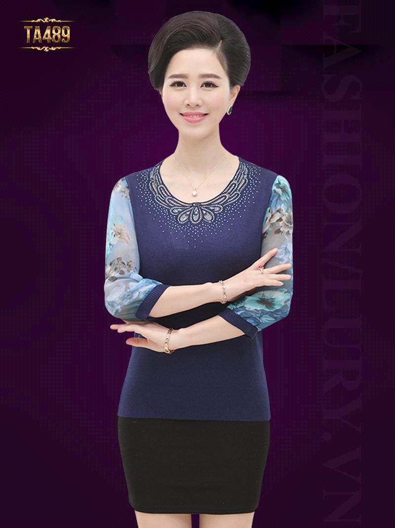 Áo len trung niên cao cấp cổ kết cườm tay phối hoa thời trang TA489
