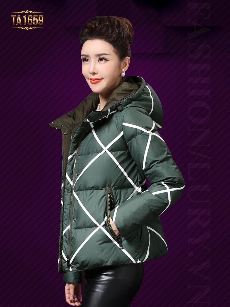 """Mẫu áo khoác phao đang được """"lăng xê"""" nhiều nhất mùa đông năm nay TA1659"""