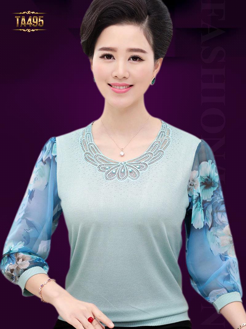 Điểm mặt những mẫu áo len nữ đẹp cho quý cô U40