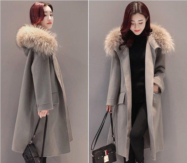 Một thiết kế áo khoác dạ nữ mới nhất mùa đông năm nay quý cô không nên bỏ qua