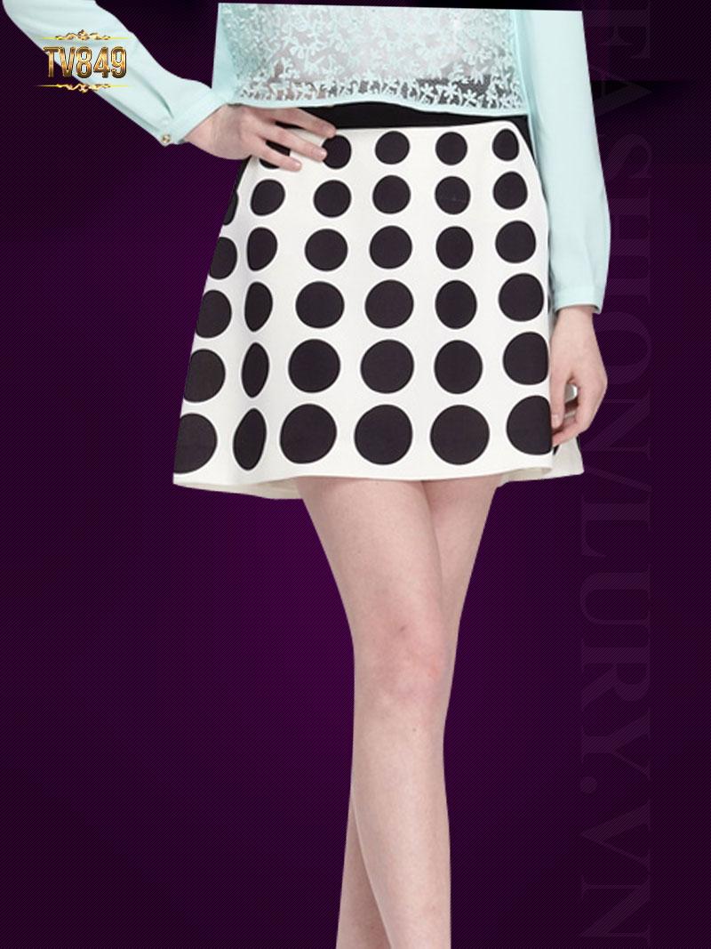 Chân váy ngắn chấm bi khóa sau thời trang TV849