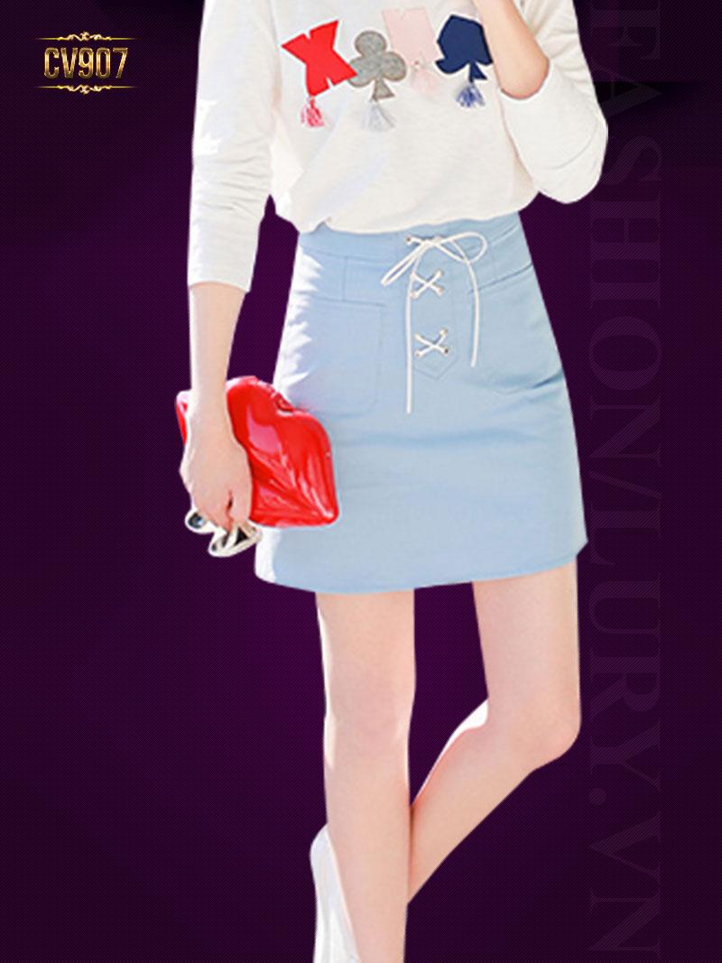 Chân váy xanh hai túi trước buộc dây thời trang CV907