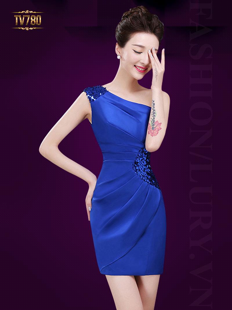 Mẫu váy đầm dự tiệc phù hợp với quý cô chân dài, eo thon