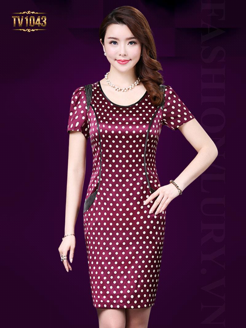 Đầm đỏ chấm bi hai túi hông thời trang TV1043