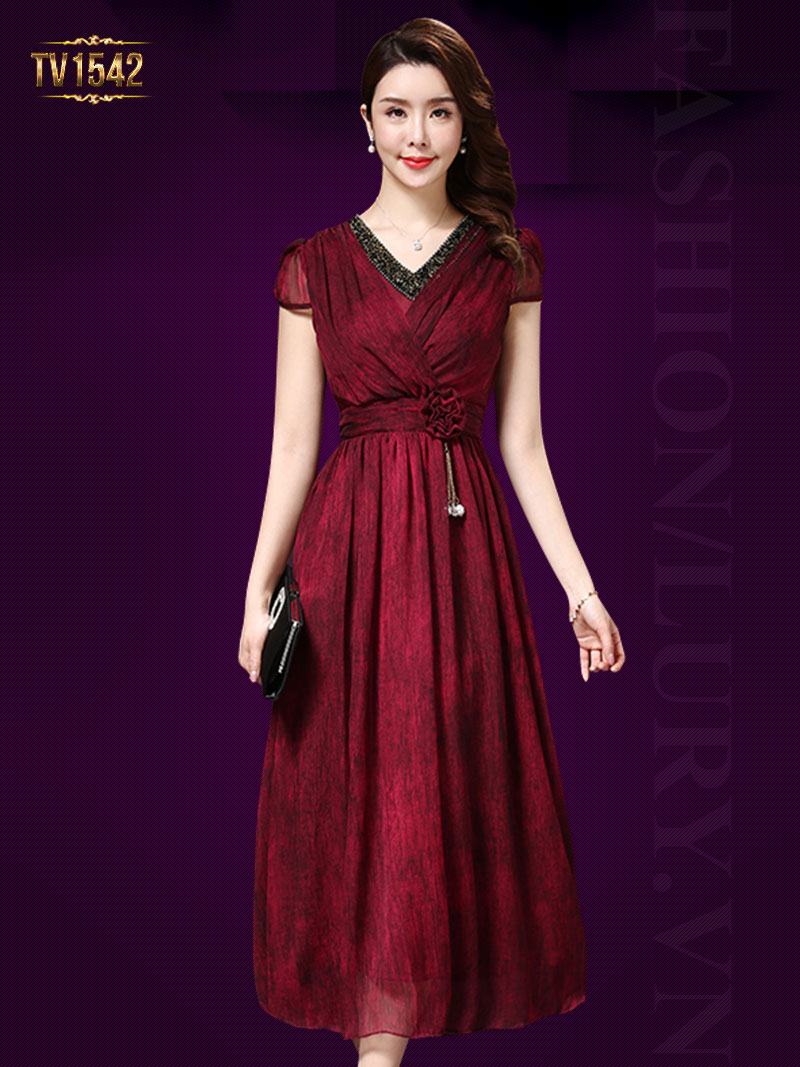 Đầm đỏ xòe 2 lớp cổ đính cườm đai hoa cao cấp TV1542