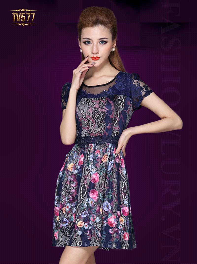 Đầm hoa xòe tay ngắn họa tiết sặc sỡ rất ấn tượng TV577