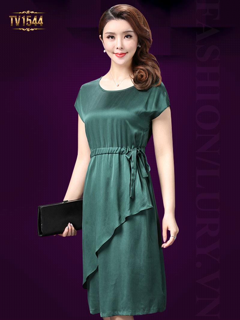 Phong cách thời trang công sở cực sang trọng cho quý cô trung niên TV1544; Giá: 3.656.000 VNĐ