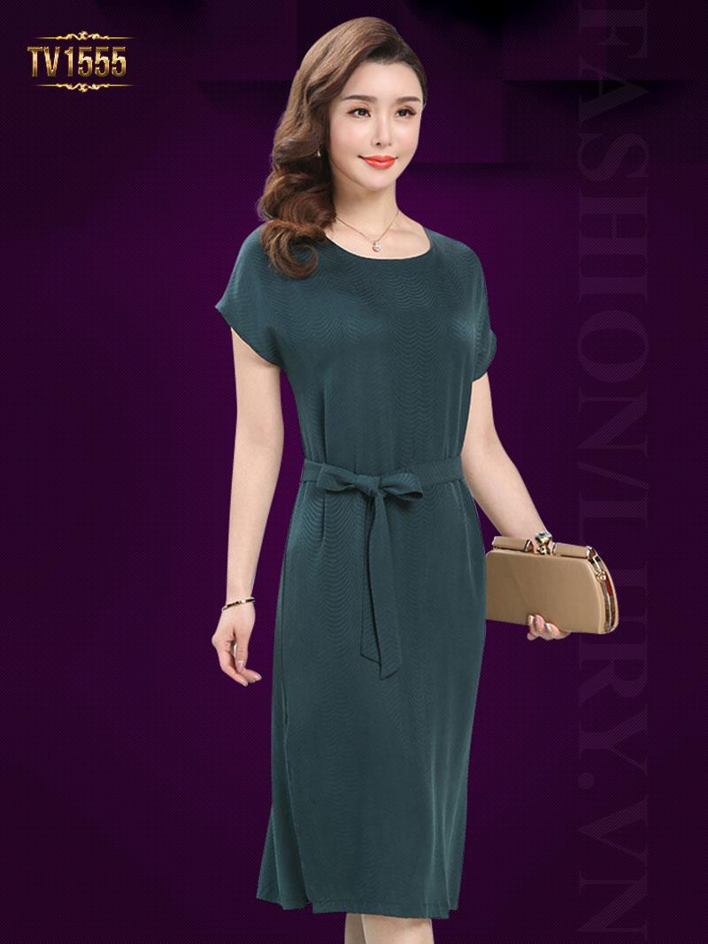 Đầm suông trơn xanh lá dáng dài kèm dây đai thời trang TV1555