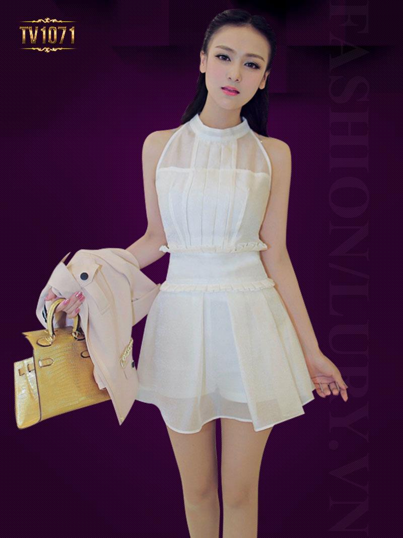 Đầm voan trắng cổ yếm xếp li trước TV1071